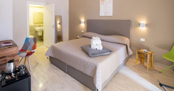 Bed and Breakfast Napoli Le 4 stagioni PC Hotel