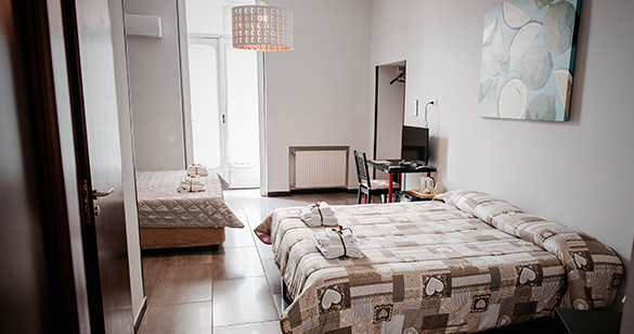 Bed and Breakfast Napoli Le 4 stagioni camere Piazza Dante