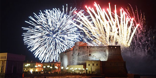 Fuochi d'artificio a Castel dell'Ovo - Le 4 stagioni Bed and Breakfast