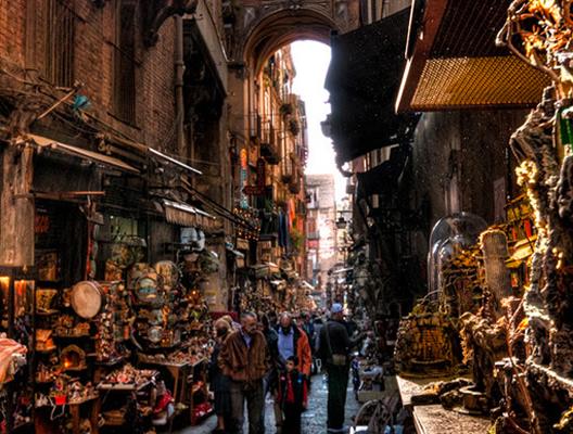 Un giro nel cuore di Napoli